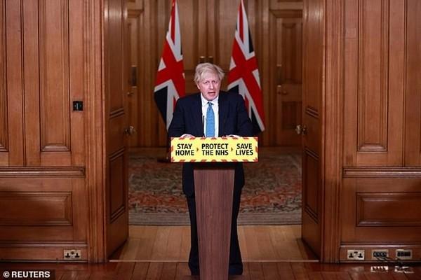 """Nước Anh hủy các kỳ thi quan trọng, """"không đảm bảo có thể mở lại trường học trước mùa hè"""" - ảnh 2"""