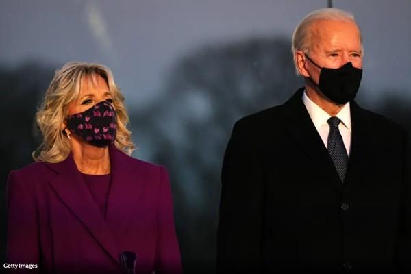 Trang phục tím tràn ngập trong Lễ Nhậm Chức của Joe Biden - Kamala Harris, tại sao vậy? - ảnh 2