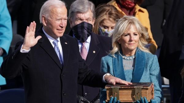 Joe Biden, Kamala Harris là Tổng thống và Phó Tổng thống Mỹ: Bất kỳ điều gì cũng là có thể - ảnh 1