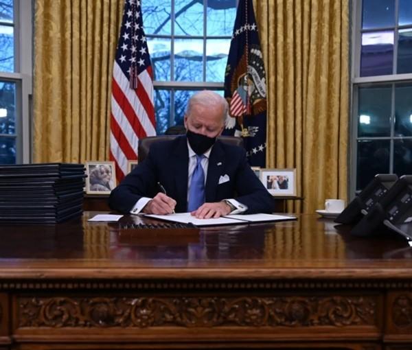 """Tân Tổng thống Mỹ Joe Biden có lời cảnh báo """"lạ"""" cho nhân viên, nhưng ai cũng thấy hợp lý - ảnh 2"""