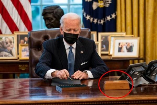 """Tân Tổng thống Biden đưa """"cái nút đỏ trứ danh"""" trở lại bàn làm việc, còn có cái nút thứ 2? - ảnh 1"""