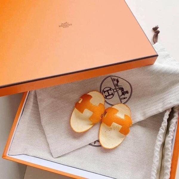 Không có tiền mua dép Hermès, một người tự làm dép bằng… vỏ cam, ai ngờ được khen hết lời - ảnh 1