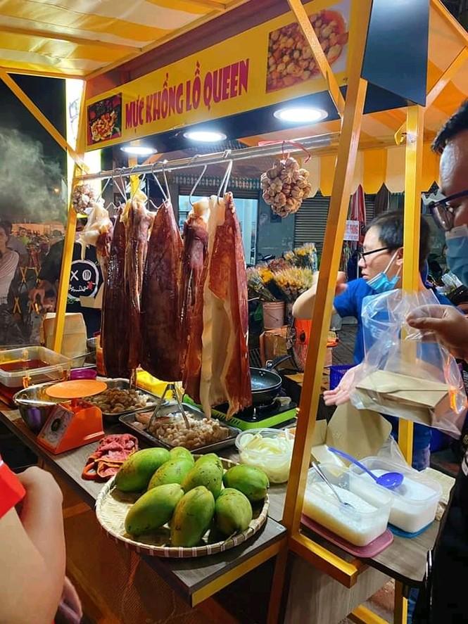 Hẹn hò Sài Gòn: Lạc lối ở thiên đường ẩm thực và mua sắm tại phố đi bộ Kỳ đài Quang Trung - ảnh 5