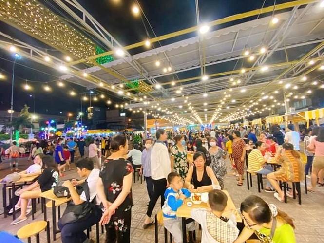 Hẹn hò Sài Gòn: Lạc lối ở thiên đường ẩm thực và mua sắm tại phố đi bộ Kỳ đài Quang Trung - ảnh 6
