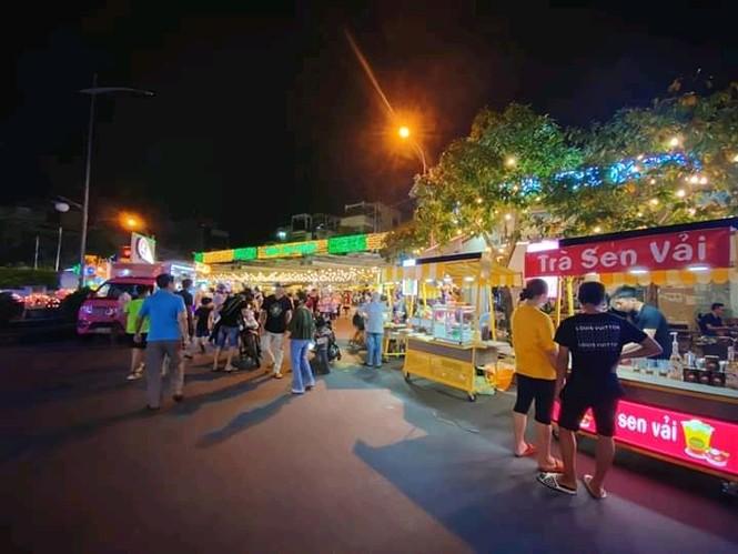 Hẹn hò Sài Gòn: Lạc lối ở thiên đường ẩm thực và mua sắm tại phố đi bộ Kỳ đài Quang Trung - ảnh 3