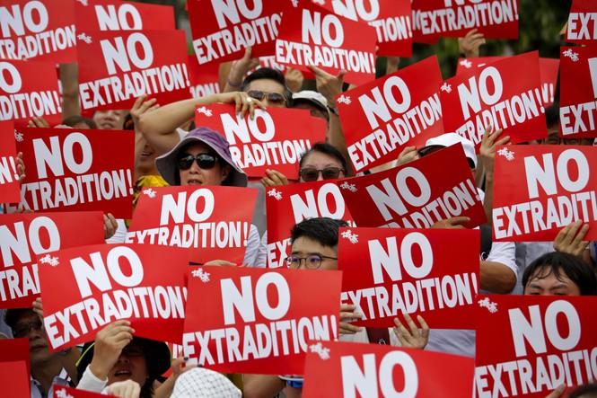 Toàn cảnh cuộc biểu tình lớn nhất ở Hong Kong trong 15 năm qua - ảnh 4