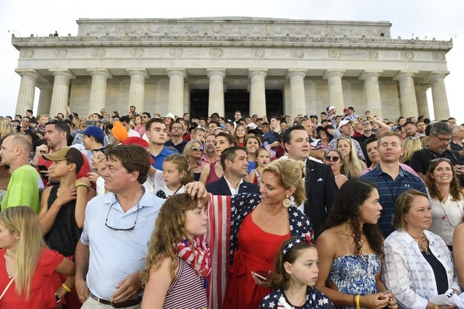 Mỹ kỷ niệm Ngày Độc lập hoành tráng nhất từ trước tới nay - ảnh 3