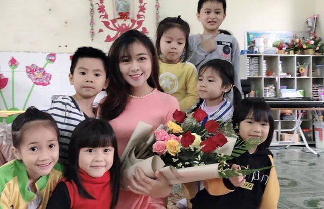 Cô giáo mầm non xinh đẹp bị đồn yêu Phan Văn Đức là ai? - ảnh 2