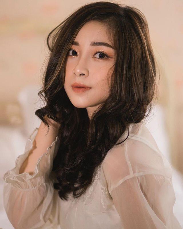 Cô giáo mầm non xinh đẹp bị đồn yêu Phan Văn Đức là ai? - ảnh 4