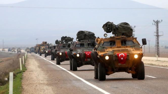 Thổ Nhĩ Kỳ ồ ạt dồn quân đến biên giới Syria - ảnh 4