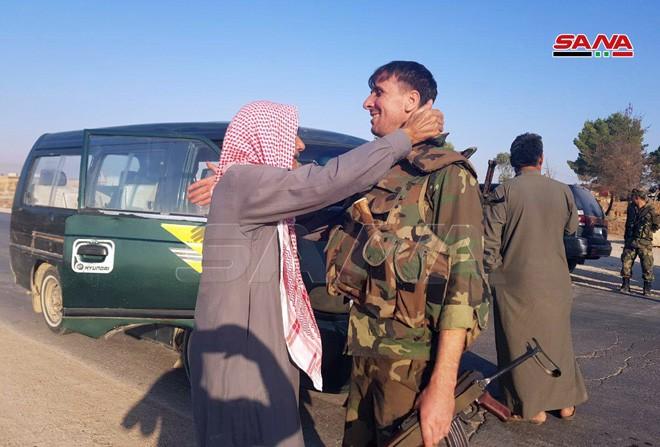Quân đội Syria tiến về biên giới Thổ Nhĩ Kỳ theo hai hướng - ảnh 1