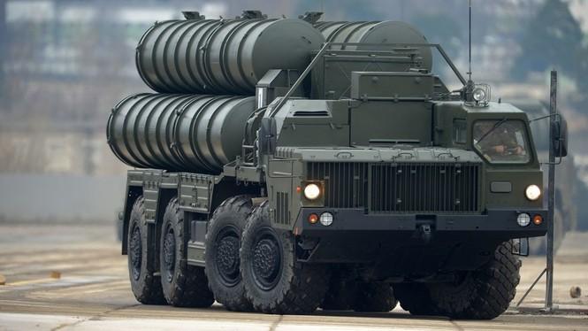 'Rồng lửa' S-400 đồng loạt khai hỏa, huỷ diệt 8 mục tiêu trên không - ảnh 1