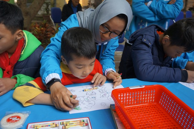 Mang tiếng cười đến trẻ khuyết tật trường Chuyên biệt Bình Minh - ảnh 12