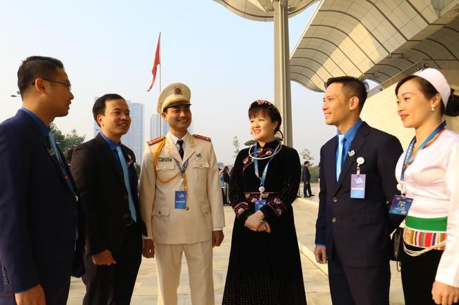 Đa dạng sắc màu dân tộc tại Đại hội Hội LHTN Việt Nam lần thứ VIII - ảnh 5