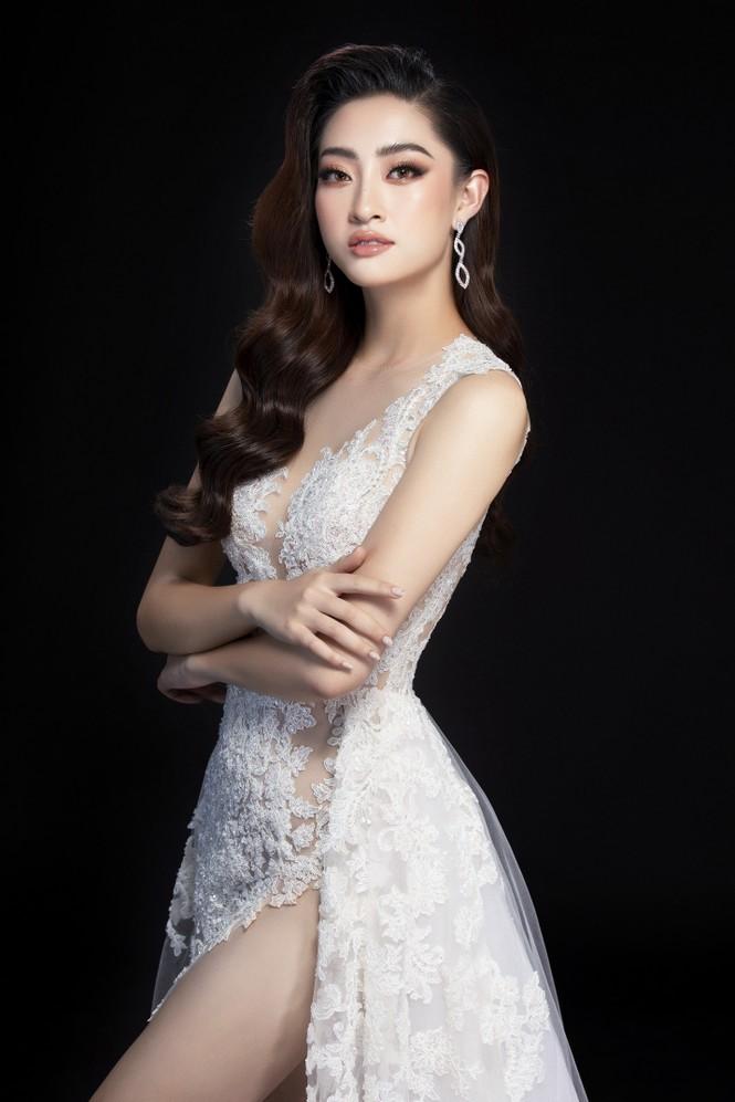 Hé lộ trang phục dạ hội đêm chung kết Miss World của Hoa hậu Lương Thùy Linh - ảnh 1