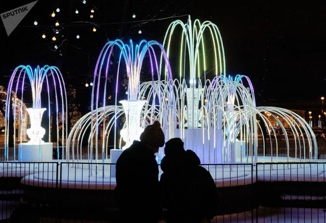 Saint-Peterburg lộng lẫy đón Giáng sinh và năm mới 2020 - ảnh 3
