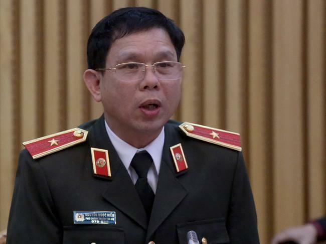 Hai trung tá CSGT Đồng Nai gọi điện can thiệp 16 xe quá tải - ảnh 1