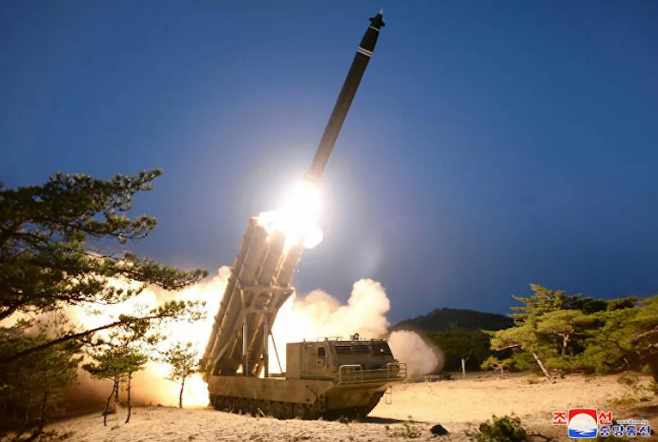 Lộ diện bộ 3 hệ thống tên lửa hàng đầu của Triều Tiên - ảnh 3