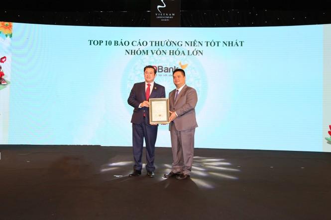 HDBank giành được 'cú đúp' doanh nghiệp niêm yết xuất sắc - ảnh 2