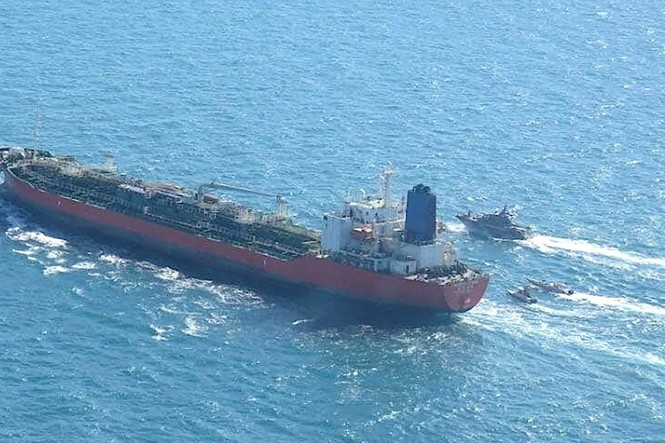 Hàn Quốc điều tàu chống cướp biển đến vịnh Ba Tư sau khi tàu chở dầu bị Iran bắt giữ - ảnh 1