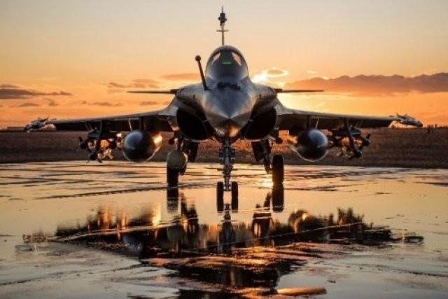 Ấn Độ- Pháp tham gia tập trận 'độc nhất vô nhị' trên không - ảnh 1