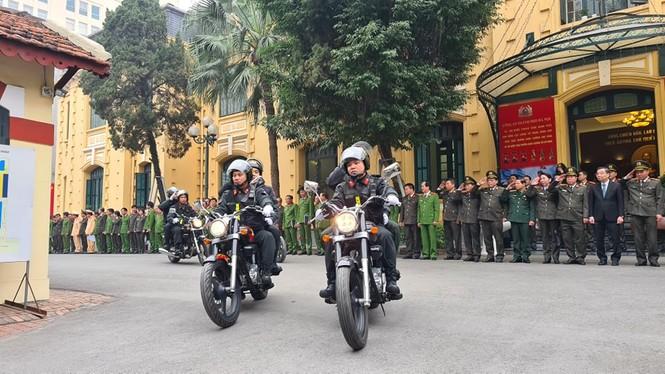 Công an Hà Nội ra quân bảo vệ Đại hội XIII của Đảng - ảnh 2