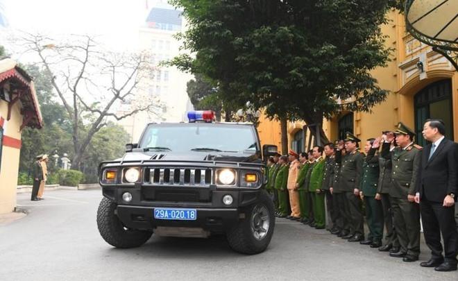 Công an Hà Nội ra quân bảo vệ Đại hội XIII của Đảng - ảnh 1