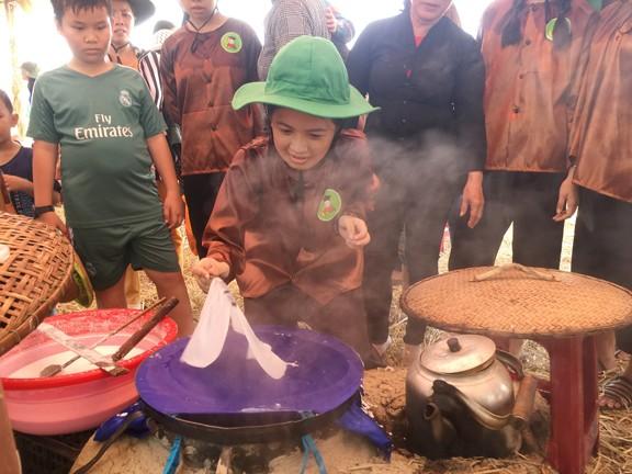 Sôi động tuổi thơ với lễ hội ngày mùa trên đồng ruộng  - ảnh 7
