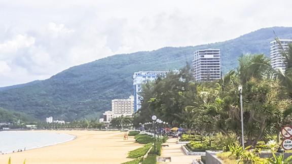 Bình Định: Di dời các khách sạn lớn để dân nhìn thấy biển - ảnh 1