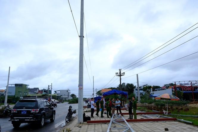 Quảng Ngãi: Tai nạn điện, 11 người thương vong - ảnh 1