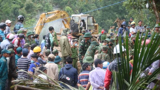 Tìm thấy thêm 2 thi thể ở Trà Leng, vẫn chưa tìm thấy gia đình 7 người của Bí thư xã  - ảnh 4
