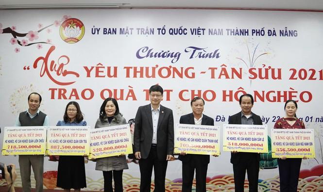 10.672 suất quà Tết cho người nghèo Đà Nẵng - ảnh 2