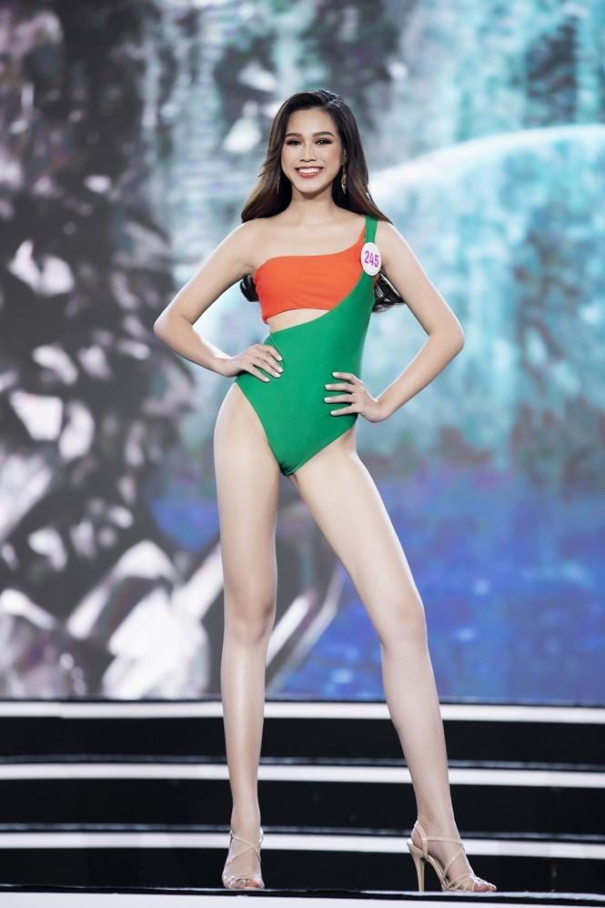 Đỗ Thị Hà: Từ cô nàng giấu gia đình đi thi đến Tân hoa hậu Việt Nam 2020 - ảnh 5