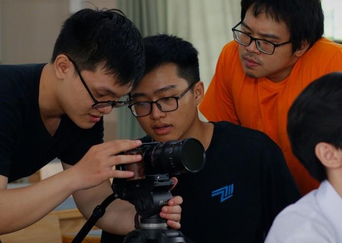 """Thưởng thức """"Đa Sắc"""" - Web Drama học đường mới toanh từ nhóm làm phim 2711 Production - ảnh 2"""