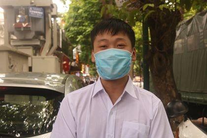 """Một ngày trước """"giờ G"""", teen Hà Nội có mặt tại địa điểm làm thủ tục dự thi THPT - ảnh 8"""