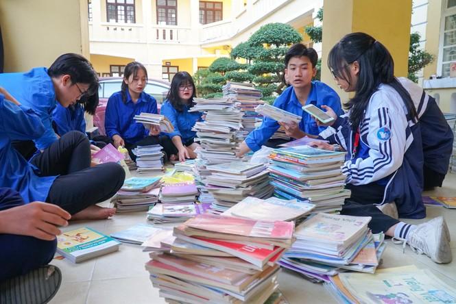 Những sự kiện giáo dục nổi bật 2020: Học sinh Việt Nam đã đi qua mùa dịch như thế nào? - ảnh 4