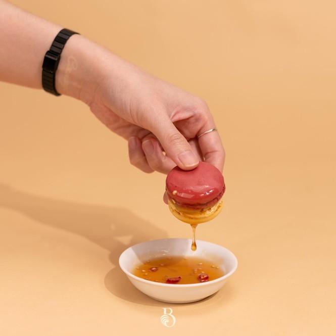 """Alpenliebe nhân muối ớt, Macaron nước mắm """"tắm"""" xoài: Khi những ý tưởng """"điên rồ"""" lại làm nên hương vị khó cưỡng! - ảnh 2"""