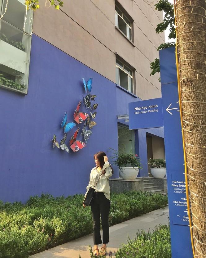 Đại học Thăng Long chuẩn bị Giáng sinh sớm cho sinh viên tha hồ sống ảo - ảnh 11