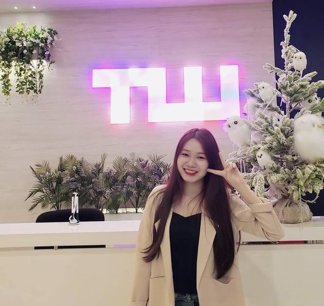 Đại học Thăng Long chuẩn bị Giáng sinh sớm cho sinh viên tha hồ sống ảo - ảnh 2