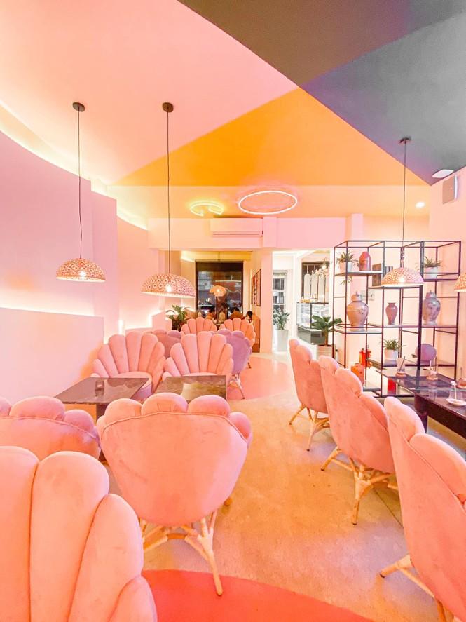 Hà Nội Phố: Hẹn hò cuối năm tại những quán cà phê được decor xinh hết nấc - ảnh 1