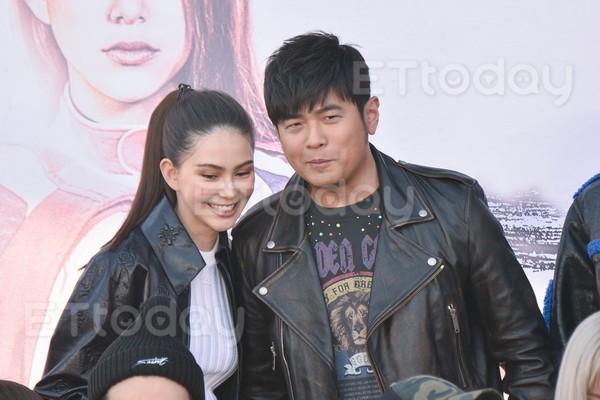 """Netizen ngỡ ngàng trước hình ảnh phát tướng của """"Thiên vương"""" Châu Kiệt Luân - ảnh 6"""