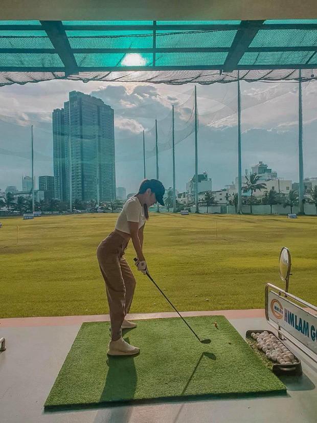 """Dàn mỹ nhân V-Biz nhập hội chơi golf đọ sắc vóc thân thái đầy """"chanh sả"""" - ảnh 3"""