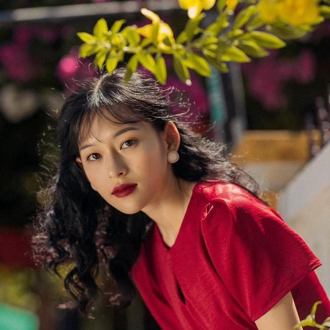 Lộ diện người mẫu Việt quá giống Chương Tử Di, trở thành từ khóa tìm kiếm đông đảo ở Weibo - ảnh 9