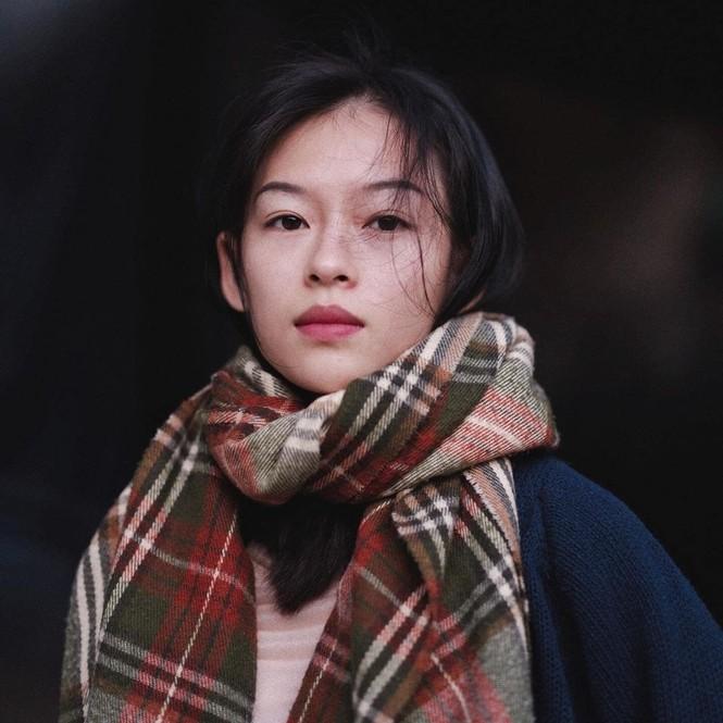 Lộ diện người mẫu Việt quá giống Chương Tử Di, trở thành từ khóa tìm kiếm đông đảo ở Weibo - ảnh 3