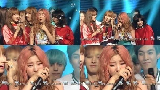 """Fan SNSD cùng 2NE1 mở cuộc """"funwar"""" thi cày view cho hai ca khúc cũ - ảnh 2"""