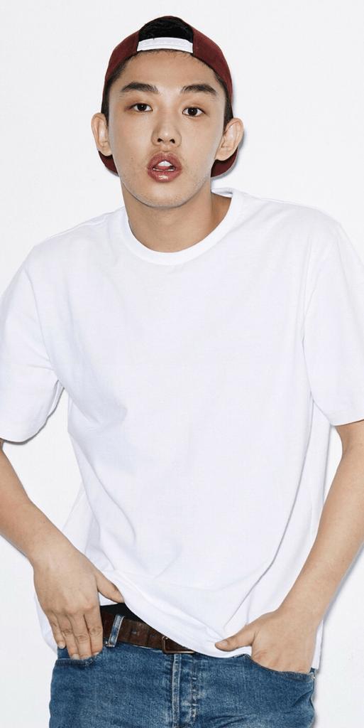 Mê mẩn dàn nam thần trong áo phông trắng basic -
