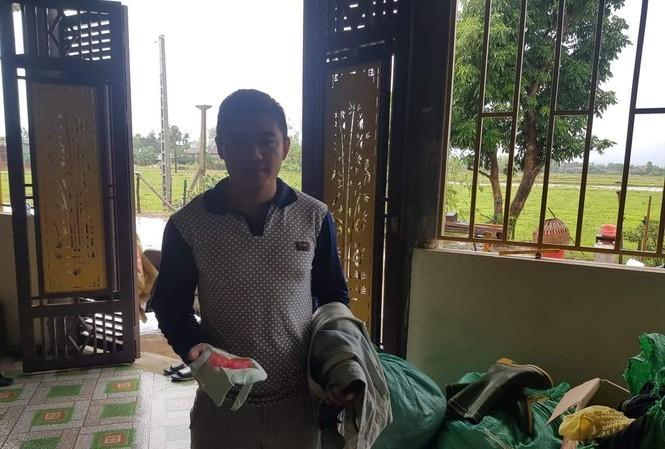 Dân mạng rần rần ca ngợi hành động trả lại tiền trong đồ cứu trợ của người dân vùng lũ - ảnh 2