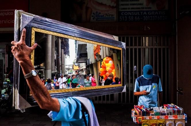 Sửng sốt với những bức ảnh về Việt Nam tại giải ảnh quốc tế hàng đầu thế giới - ảnh 21