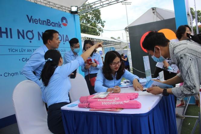 Nhiều công nghệ mới khiến giới trẻ xếp hàng chờ dùng thử tại Sóng Festival - ảnh 21