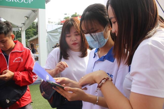 Mở thẻ, đi bộ và nhận tiền chỉ có tại Sóng Festival  - ảnh 2
